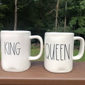 Rae Dunn King & Queen Mugs